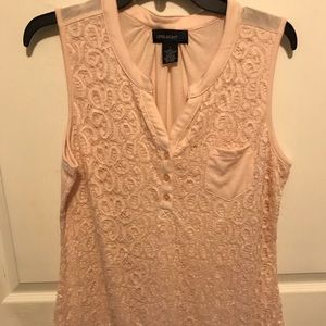 Light peach lace front tank size large
